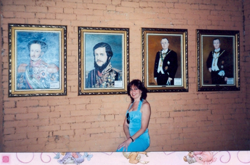 Location: Museum Aracariguama, São Paulo. Wall with some of my historical portraits 2005